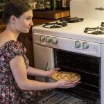 Annie bakes a pie