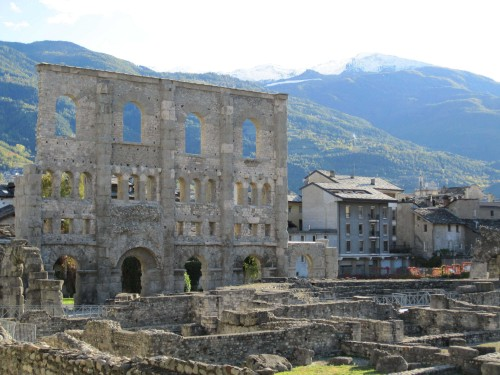 coliseum aosta s 500x375 Fresh Farmhouse Cheesemaking Class