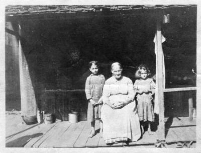 Johnny Cole Otto with sister Martha and Granny