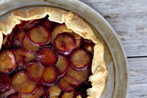 Plum & bourbon cherry pie