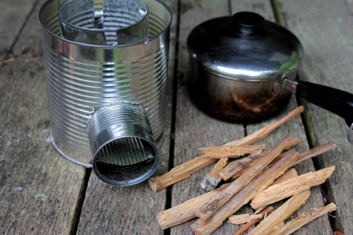 rocket stove 11 500x333 Make a hobo tin can portable rocket stove + class