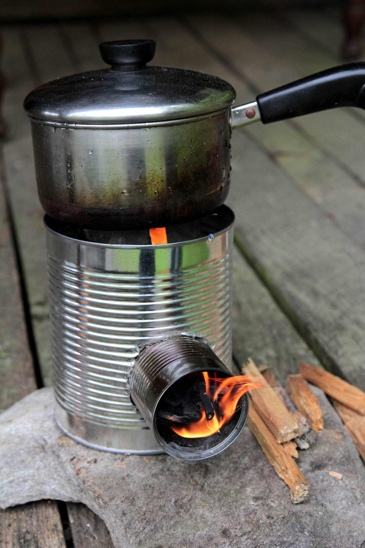 rocket stove 12 log cabin cooking