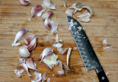 6 smash and chop garlic