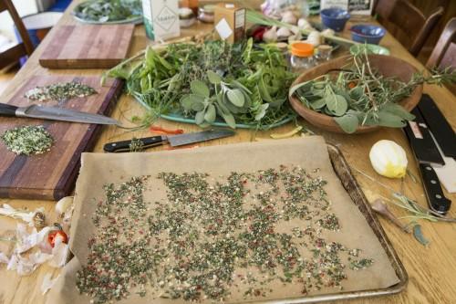 garlic salt making party