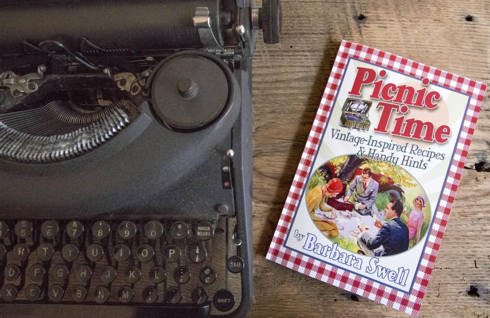 picnic time typewriter